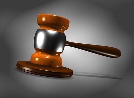 L'expulsion d'un étranger est admissible si la peine de prison dépasse une année.